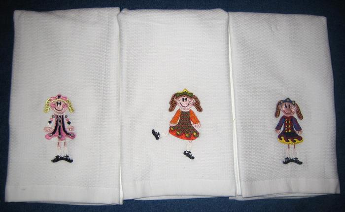 Heritage Dancer Hostess Towel
