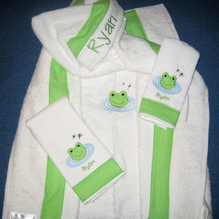 Frog Pond Hooded Towel